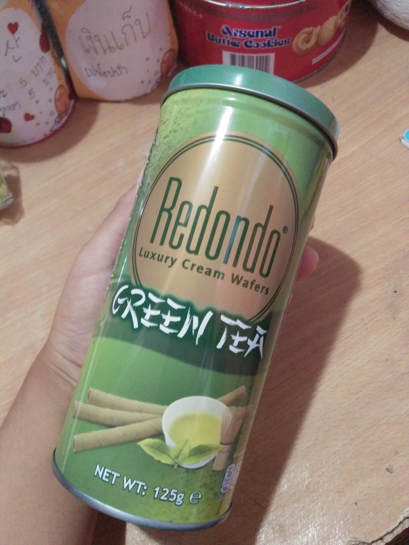 Redondo Luxury Cream Wafers Green Tea รีดอนโด้ ชาเขียว กรีนที เว รีวิว